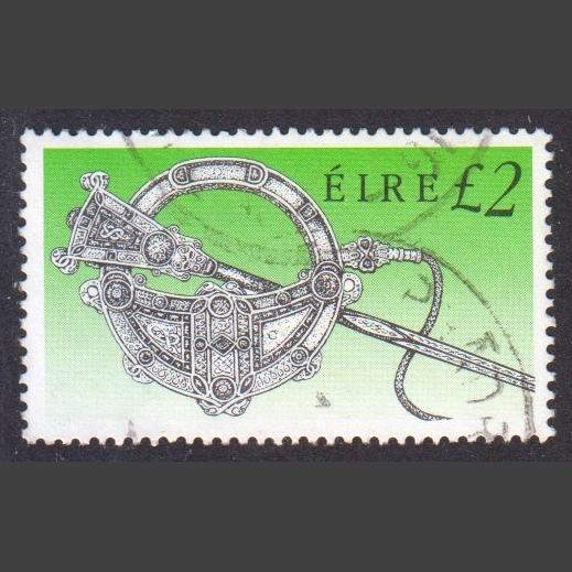 Ireland 1990 £2 Irish Heritage Definitive (SG 764, Good Used)